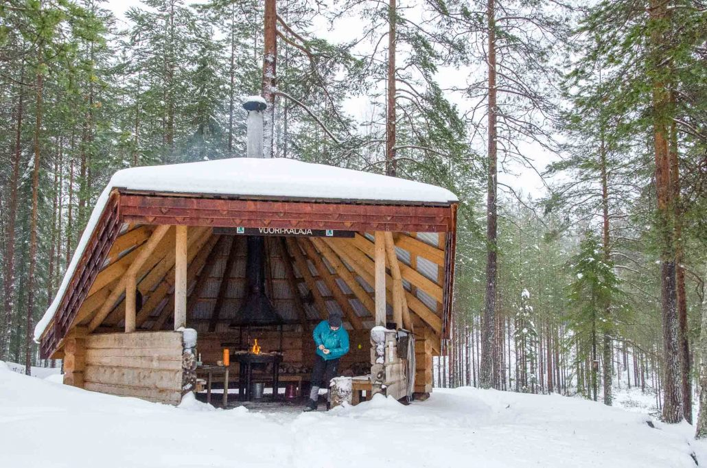 Vuori-Kalaja lean-to in winter